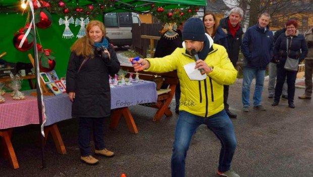 Raz za čas sa vianočný večierok môže začať aj popoludní interaktívnymi súťažami a hoci nebol sneh,vynašli sme sa...