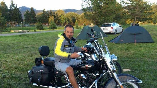 Harley-Davidson je ozdoba zrazov a ciest...len mám na sebe málo kože na to aby som ho mohol kerovať;)) Inter Cars Slovenská republika Areál Drienok Mošovce