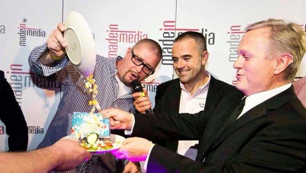 Made in media party mala 10.výročie a Jarda Žídek v jednom z top bodov večera pokrstil nové cd Vidieku...Mimoriadne veselo bolo ;)))