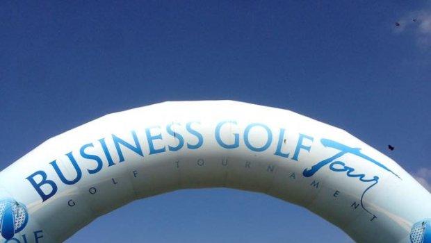 8.ročník série skvelých turnajov s veľkým programom sa začína v krásnom počasí na Hanééé....Business Golf Tour Golf Resort Olomouc Gaastra Slovakia
