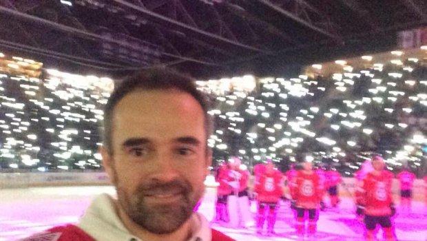 3.zápas za 4 dni a zároveň vianočný a vypredaný...HC SLOVAN Bratislava bojoval,ale body berie Metallurg Magnitogorsk...tichá noc na konci však musela potešiť;))
