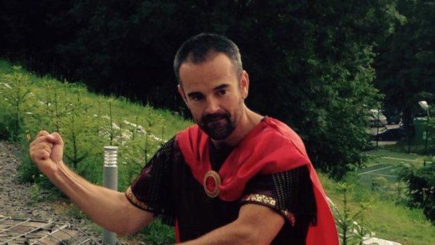 Anticky bojovnik zo mna asi nebude ale kostym je celkom fajn;)))